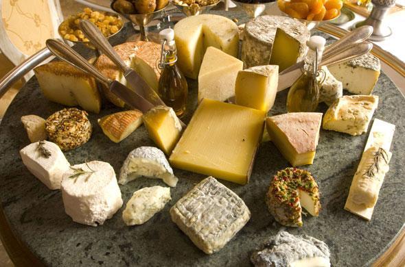 Le fromage est il une bonne id e de cadeau cadeau pour tous - Plateau a fromage maison du monde ...