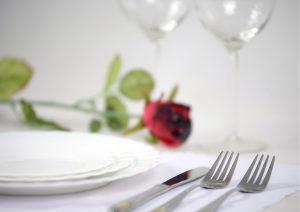 Cadeau pour tous, chasse aux trésors, diner romantique
